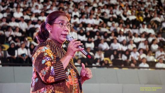 https: img-k.okeinfo.net content 2019 07 22 320 2082006 menteri-susi-ingin-laut-punya-hak-seperti-manusia-B4kUKYOtxY.jpg
