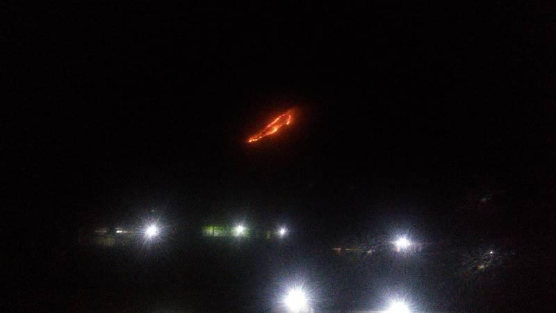 https: img-k.okeinfo.net content 2019 07 22 519 2081800 gunung-panderman-terbakar-pemadaman-dilakukan-mulai-pagi-ini-LzzX7a1sVx.jpg