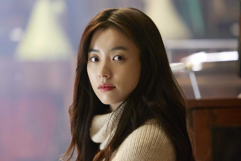 https: img-k.okeinfo.net content 2019 07 24 598 2083150 aksi-han-hyo-joo-dalam-teaser-perdana-serial-treadstone-4wg08cZHaE.jpg