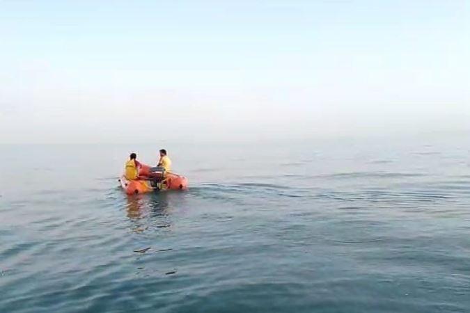 https: img-k.okeinfo.net content 2019 07 26 244 2083922 berenang-di-pantai-double-six-kuta-wn-yordania-hilang-Dfz8cdVXBu.jpg