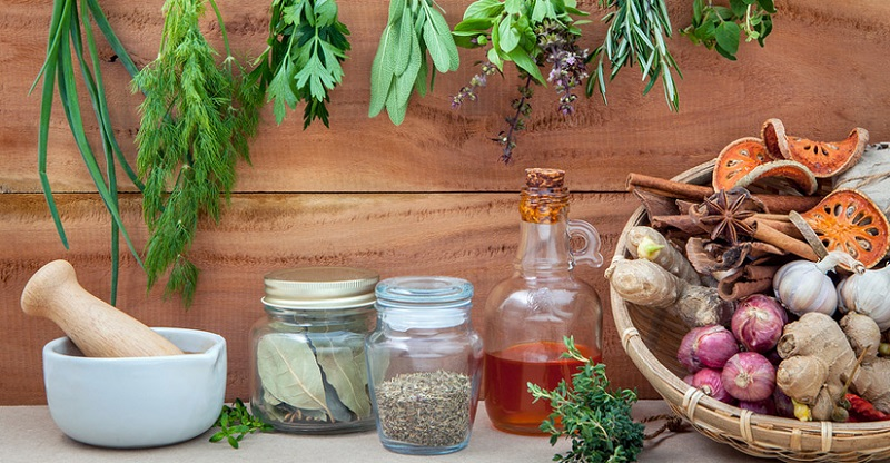https: img-k.okeinfo.net content 2019 07 26 481 2084155 5-fakta-obat-herbal-yang-dipercaya-banyak-orang-bisa-sembuhkan-penyakit-kronis-bhyTpYkD0a.jpg