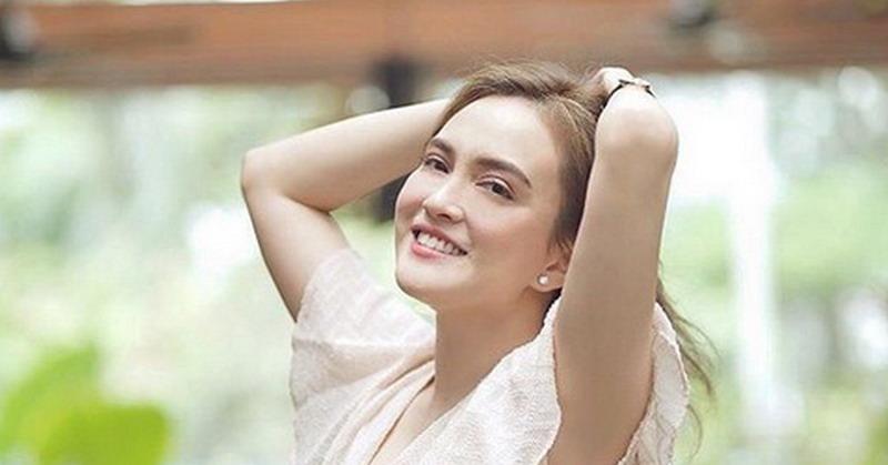 https: img-k.okeinfo.net content 2019 07 30 33 2085473 pose-olahraga-shandy-aulia-saat-hamil-bikin-ngilu-netizen-khawatir-CQCguH9864.jpg