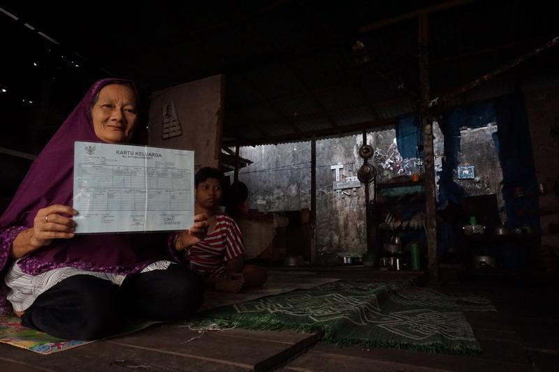 https: img-k.okeinfo.net content 2019 08 01 340 2086473 potret-kemiskinan-di-balik-kemajuan-kota-pontianak-vtwJVejRI0.jpg