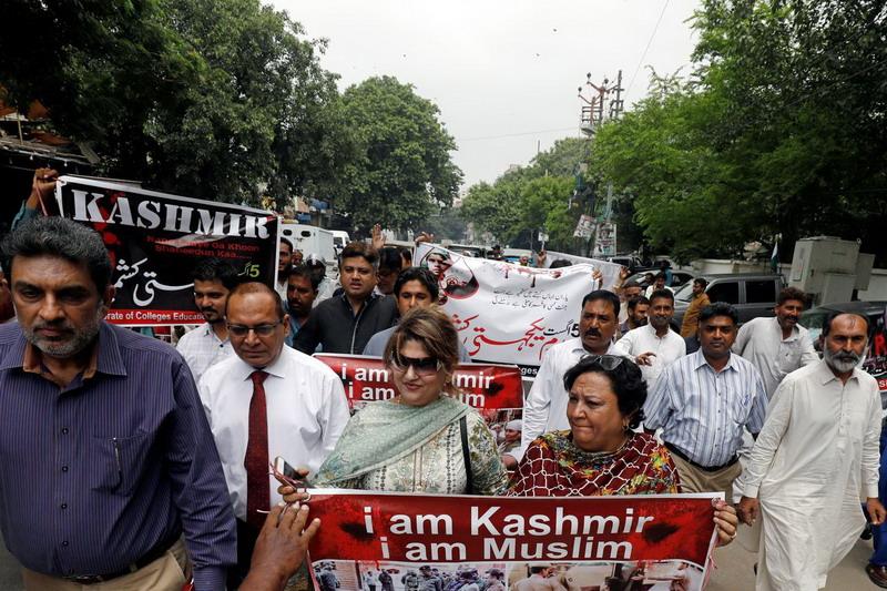https: img-k.okeinfo.net content 2019 08 05 18 2087988 kecam-pencabutan-status-khusus-kashmir-pakistan-sebut-india-langgar-resolusi-pbb-kaBH5qW872.jpg