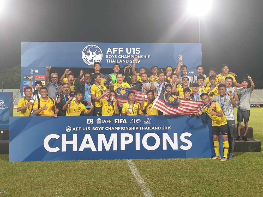 https: img-k.okeinfo.net content 2019 08 09 51 2090066 kalahkan-thailand-timnas-malaysia-u-15-juara-piala-aff-u-15-2019-N33fdVE1s1.jpg