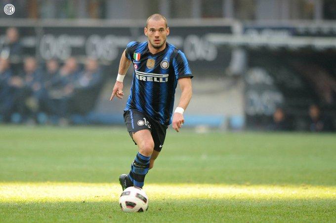 https: img-k.okeinfo.net content 2019 08 13 51 2091123 wesley-sneijder-tutup-karier-sebagai-pemain-profesional-zuEarRuFNh.jpg