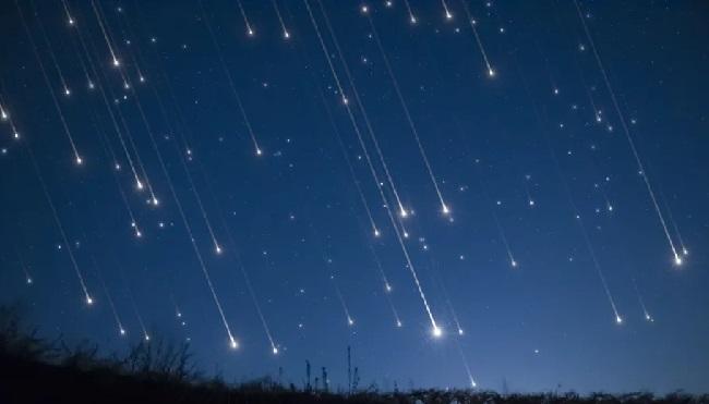 https: img-k.okeinfo.net content 2019 08 13 56 2091262 hujan-meteor-perseid-lapan-hanya-belasan-meteor-per-jam-fvJKo6xtZI.jpg