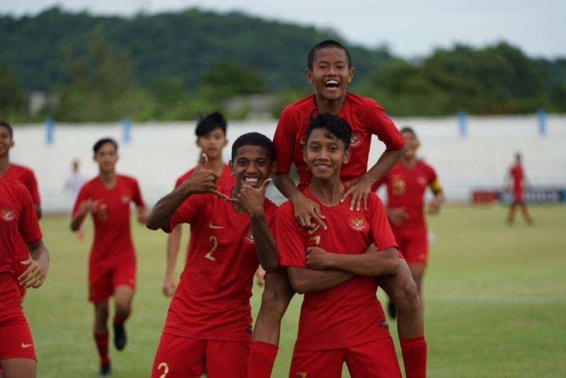 https: img-k.okeinfo.net content 2019 08 14 51 2091680 jadwal-timnas-indonesia-u-15-di-boys-elite-football-tournament-2019-Gzi6MYe6YT.jpeg