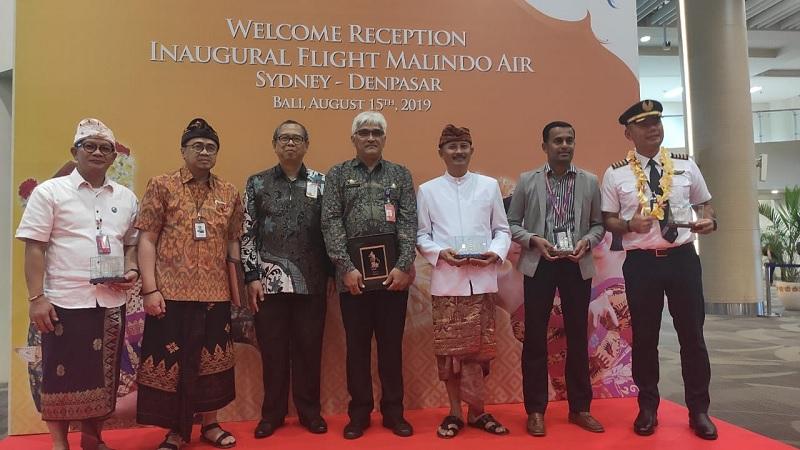 https: img-k.okeinfo.net content 2019 08 16 1 2092755 kemenpar-gelar-inaugural-sambut-penerbangan-malindo-sydney-denpasar-JQauW2ZZco.jpg