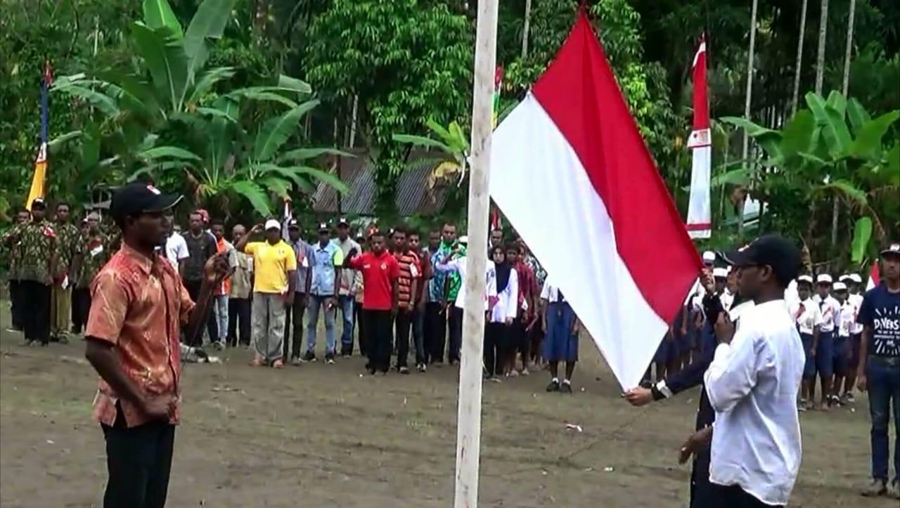 https: img-k.okeinfo.net content 2019 08 18 340 2093475 upacara-hut-ri-pertama-kali-mantan-pejuang-kemerdekaan-papua-nkri-harga-mati-Ld5FYg2p8v.jpg