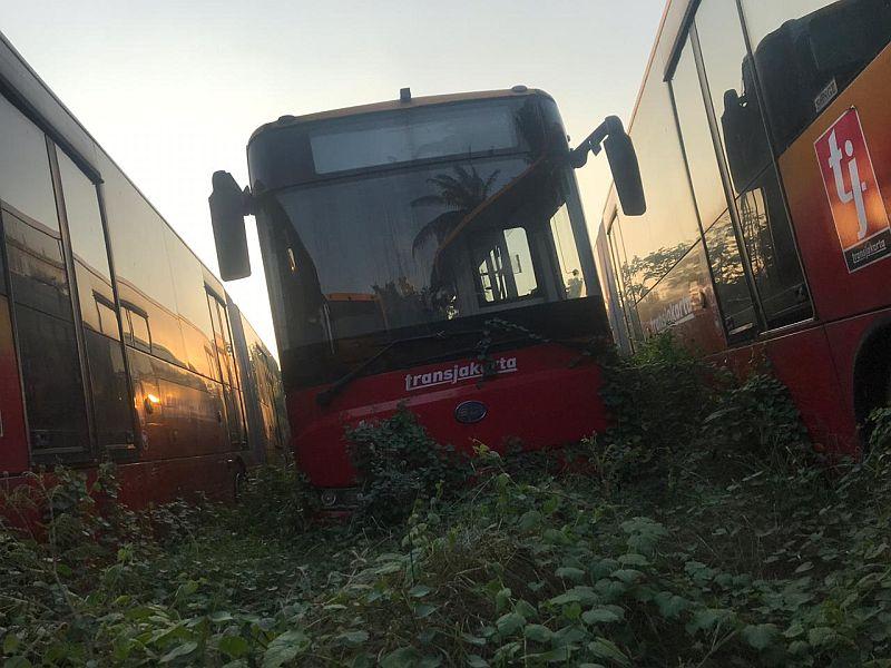 https: img-k.okeinfo.net content 2019 08 19 320 2093839 bos-inka-buka-bukaan-soal-kuburan-bus-transjakarta-p8Ylxsvhlq.jpg