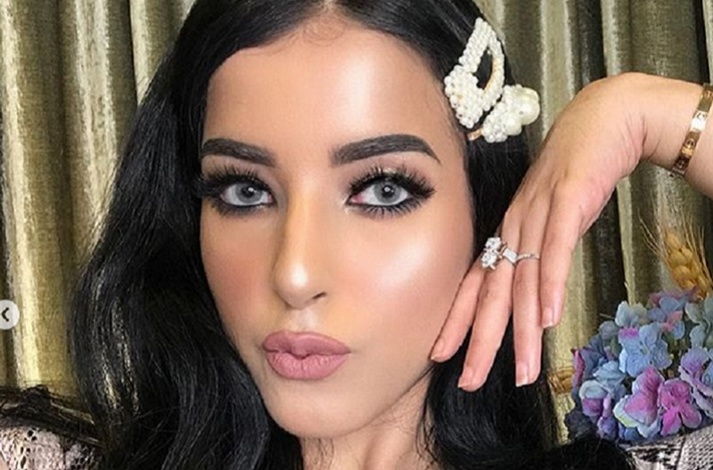https: img-k.okeinfo.net content 2019 08 19 611 2093817 tips-makeup-anti-luntur-saat-naik-ojek-ala-tasya-farasya-13NAviNMgZ.jpg