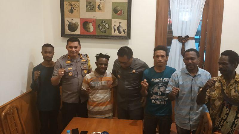https: img-k.okeinfo.net content 2019 08 20 519 2094363 mahasiswa-papua-di-malang-kami-aman-jangan-terprovokasi-zVG7Wtenmy.jpg