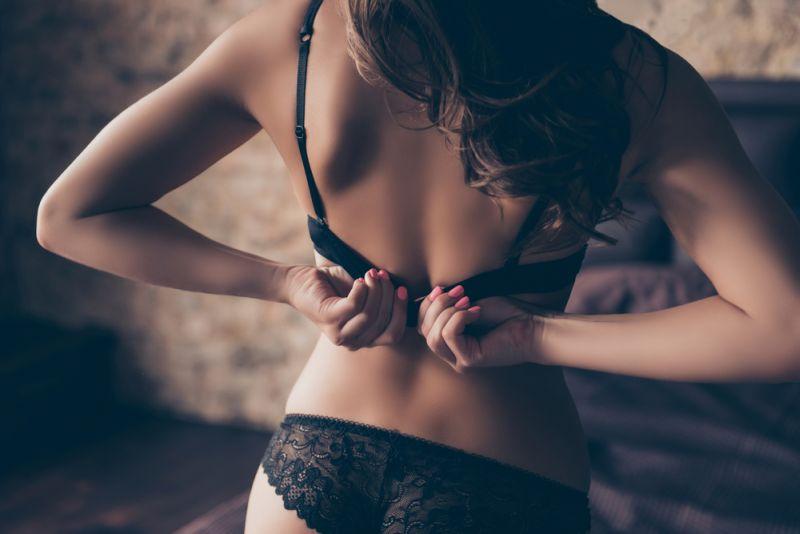 https: img-k.okeinfo.net content 2019 08 22 485 2095470 sensasi-seks-berdiri-bisa-menjadi-gaya-favorit-cyYsHyJv7L.jpg
