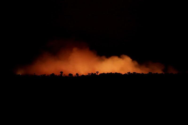 https: img-k.okeinfo.net content 2019 08 23 18 2095629 kebakaran-di-amazon-meningkat-bolsonaro-dunia-internasional-jangan-ikut-campur-9FeKgju4bf.jpg
