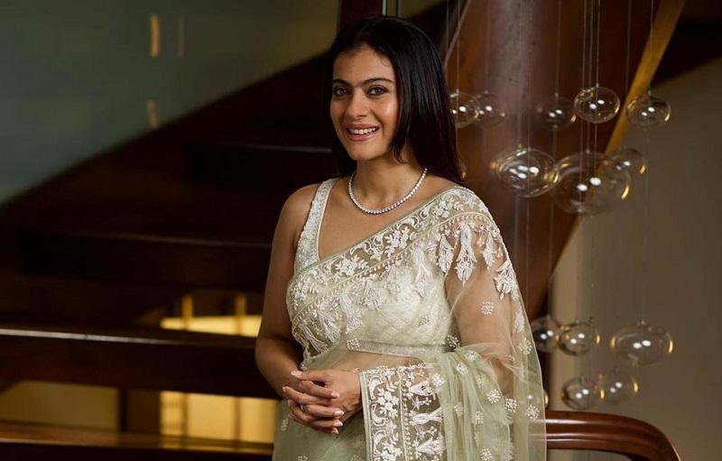 https: img-k.okeinfo.net content 2019 08 23 194 2095731 pesona-kecantikan-kajol-saat-mengenakan-busana-sari-Fg2bA3RQLH.jpg