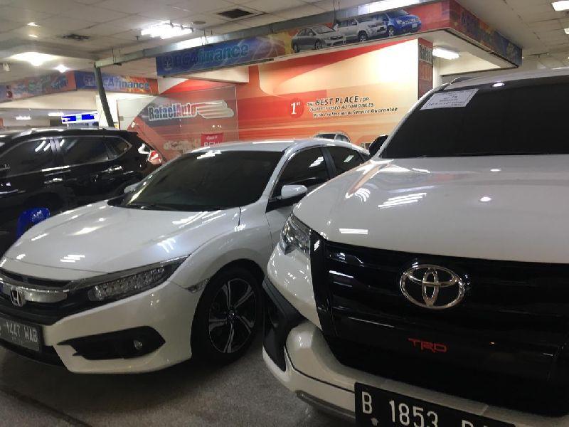https: img-k.okeinfo.net content 2019 08 24 52 2096210 sedan-di-bawah-rp200-juta-cocok-untuk-konsumen-pembeli-mobil-pertama-zKHmVnxIaM.jpg
