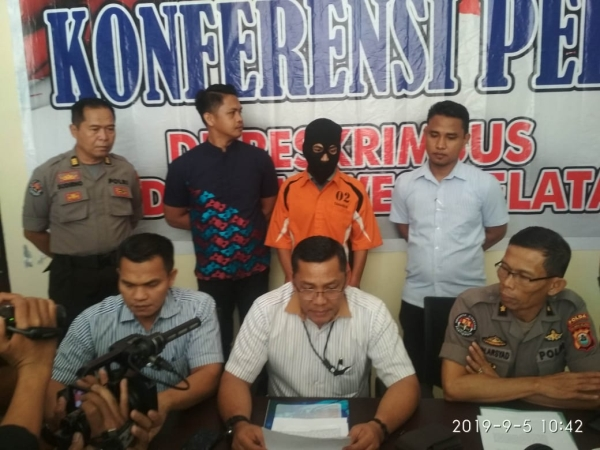 https: img-k.okeinfo.net content 2019 09 06 337 2101387 posting-konten-berbau-sara-terkait-papua-warga-makassar-ditangkap-5ww9mA4F3i.jpg