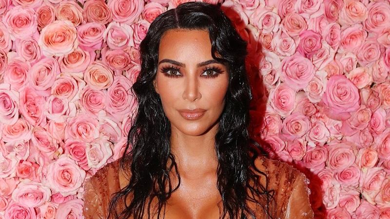 https: img-k.okeinfo.net content 2019 09 09 481 2102515 gampang-lelah-kim-kardashian-positif-lupus-gjTPfZcjml.jpg