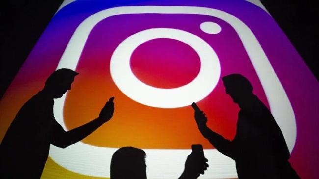 https: img-k.okeinfo.net content 2019 09 10 56 2103104 studi-ungkap-alasan-seseorang-memusatkan-mata-kiri-saat-selfie-di-instagram-dXnkTjPk2t.jpg