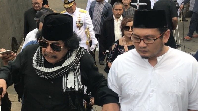 https: img-k.okeinfo.net content 2019 09 12 33 2104028 bj-habibie-meninggal-jaja-miharja-khawatir-tak-ada-lagi-ilmuan-indonesia-yang-bikin-pesawat-1PfLWTiBCu.jpeg