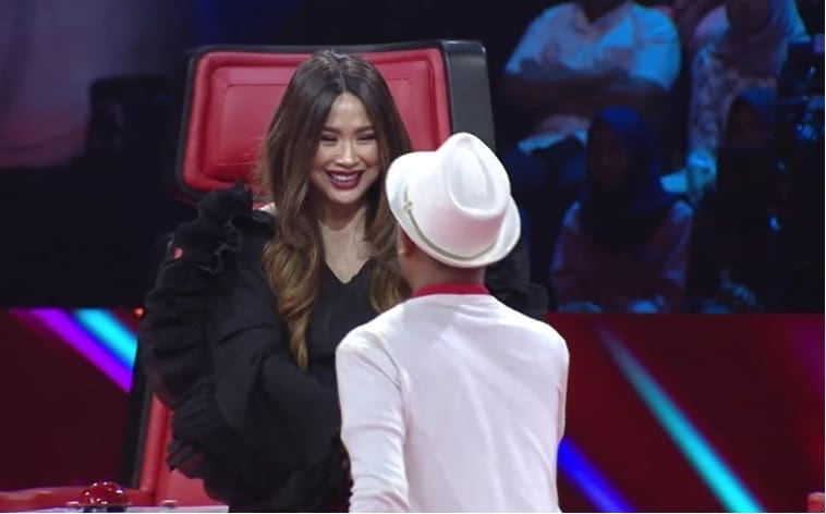 https: img-k.okeinfo.net content 2019 09 13 598 2104679 titi-dj-borong-peserta-blind-audition-the-voice-indonesia-di-episode-6-1tXzYSV7RZ.jpg