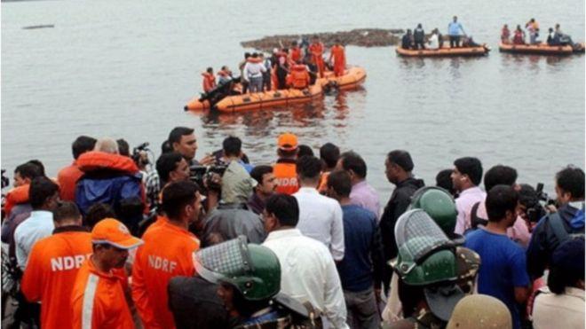 https: img-k.okeinfo.net content 2019 09 16 18 2105368 kecelakaan-perahu-turis-di-india-tewaskan-sedikitnya-12-orang-PCRsTvcL7a.jpg