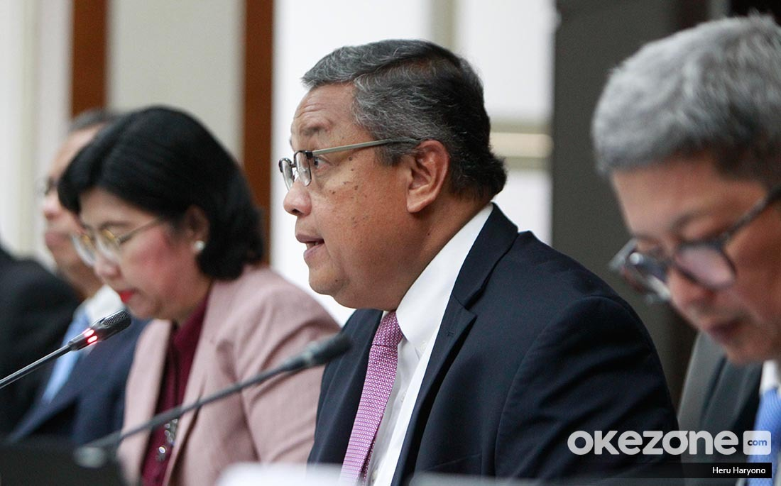 https: img-k.okeinfo.net content 2019 09 19 20 2106879 gubernur-bi-beri-sinyal-turunkan-lagi-suku-bunga-acuan-DU6wQjIN1r.jpeg