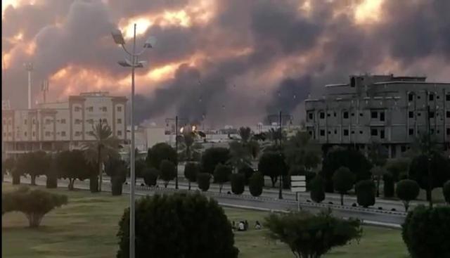 https: img-k.okeinfo.net content 2019 09 21 18 2107608 as-kirim-pasukan-tambahan-imbas-serangan-fasilitas-minyak-saudi-B6FJX5GRMP.jpg
