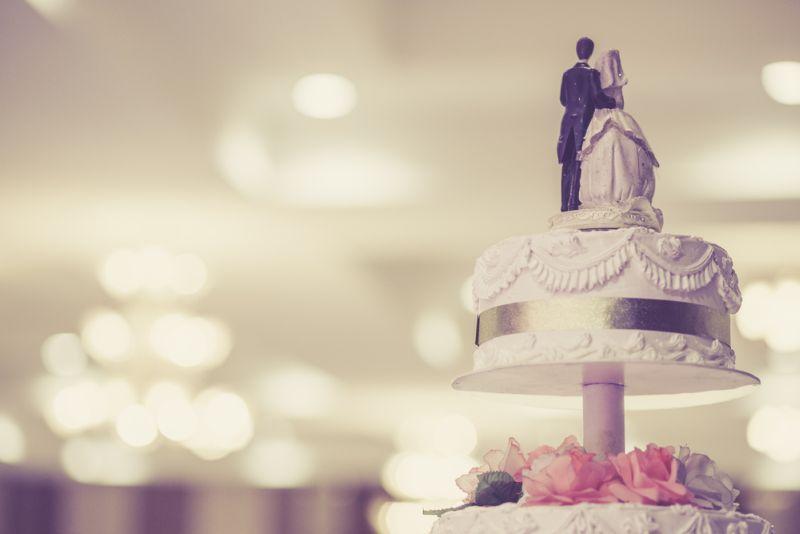 https: img-k.okeinfo.net content 2019 10 02 298 2112131 7-kue-pernikahan-keren-dari-seluruh-dunia-bisa-jadi-inspirasi-nih-EkLH7YAyYS.jpg