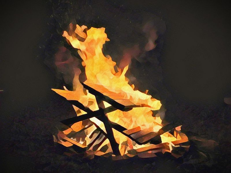 https: img-k.okeinfo.net content 2019 10 06 340 2113492 kapal-terbakar-di-oki-2-penumpang-tewas-snTz8P3QuI.jpg