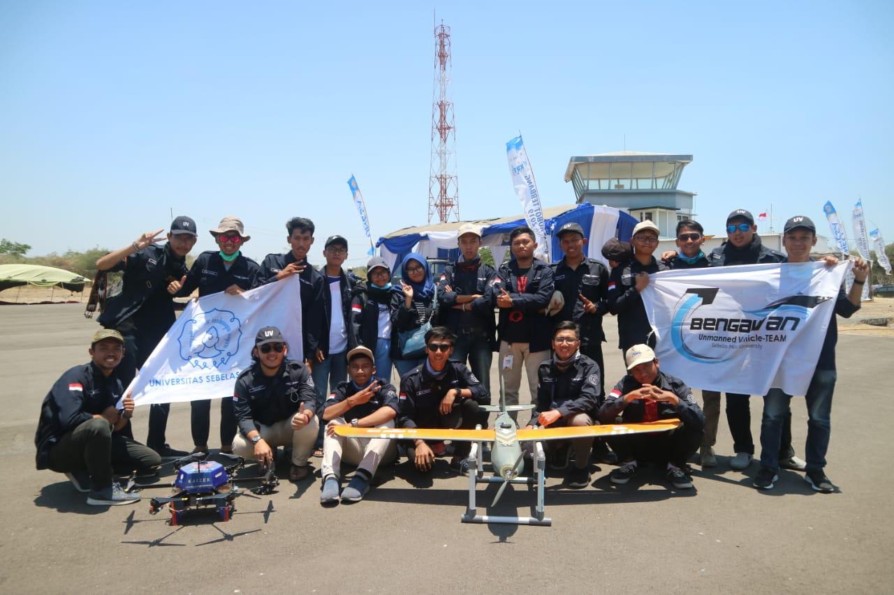 https: img-k.okeinfo.net content 2019 10 07 65 2113913 uns-raih-prestasi-inovasi-terbaik-lewat-robot-terbang-TElI7NqUaS.jpg