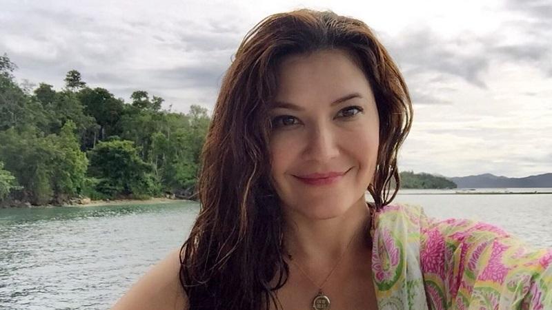 https: img-k.okeinfo.net content 2019 10 08 33 2114129 pakai-bikini-tamara-bleszynski-dapat-gelar-payudara-terindah-OE0fsJB0ri.jpg