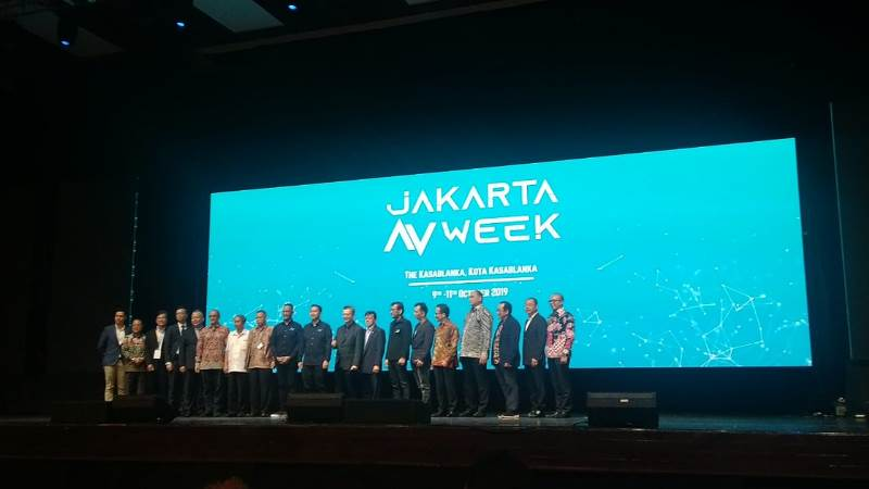 https: img-k.okeinfo.net content 2019 10 09 207 2114771 resmi-digelar-jakarta-av-week-dorong-perkembangan-industri-audio-visual-czUIJbS1Du.jpg