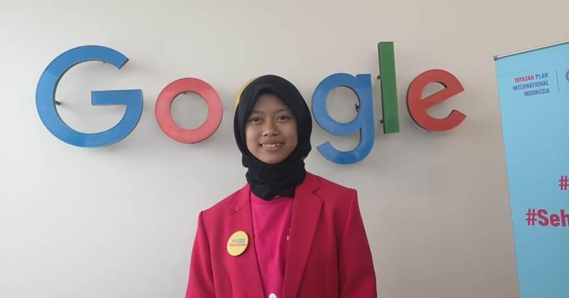 https: img-k.okeinfo.net content 2019 10 10 207 2115326 kisah-sabrina-jadi-bos-google-indonesia-selama-sehari-smaHQ8OE3d.jpg