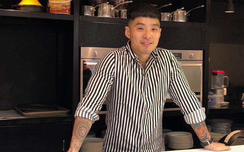 https: img-k.okeinfo.net content 2019 10 14 298 2116695 chef-martin-praja-generasi-soda-tergerus-penikmat-kopi-ByHefQ8nWK.jpeg