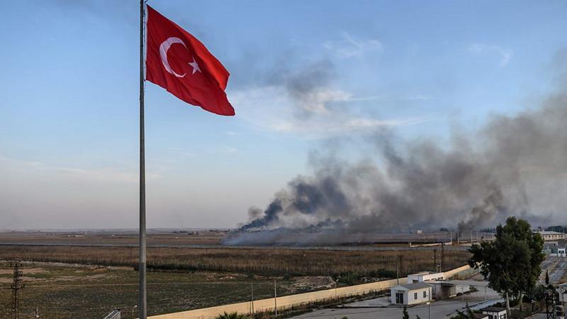 https: img-k.okeinfo.net content 2019 10 15 18 2116987 as-jatuhkan-sanksi-pada-turki-terkait-serangan-ke-suriah-R6tShO8FSm.jpg