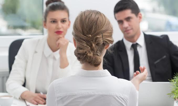 https: img-k.okeinfo.net content 2019 10 16 196 2117879 5-hal-yang-haram-dikatakan-saat-interview-pekerjaan-baru-e3HhYIpgbz.jpg