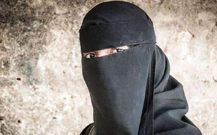 https: img-k.okeinfo.net content 2019 10 18 337 2118869 mui-cross-hijabers-bisa-bermuatan-politis-b3B9Dw6JGK.jpg