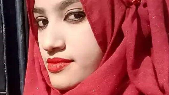 https: img-k.okeinfo.net content 2019 10 24 18 2121167 16-pelaku-pembakaran-siswi-bangladesh-dijatuhi-hukuman-mati-tQKDBw4qQK.jpg