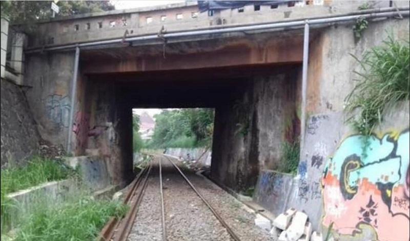 https: img-k.okeinfo.net content 2019 10 24 612 2121151 cerita-horor-terowongan-kereta-paledang-bogor-sering-terdengar-suara-tangisan-yNRBnwB727.jpg