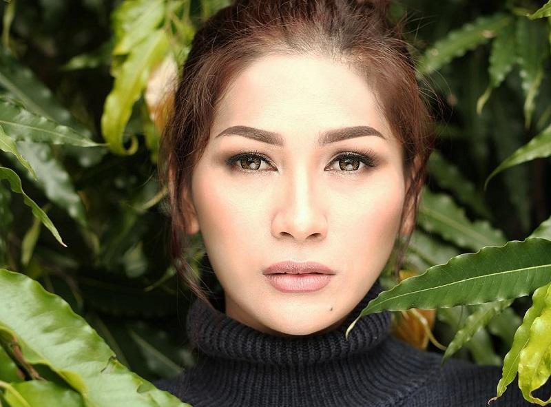 https: img-k.okeinfo.net content 2019 10 25 598 2121882 gagal-taklukkan-indonesian-idol-5-penyanyi-ini-tetap-sukses-bermusik-DB8bdajdg2.jpg