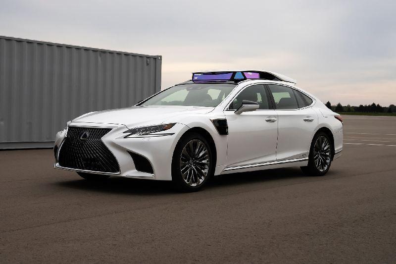 https: img-k.okeinfo.net content 2019 10 28 52 2122555 lexus-ujicobakan-sedan-ls-berteknologi-kendara-otonom-selama-olimpiade-2020-SlehFC24Lv.jpg