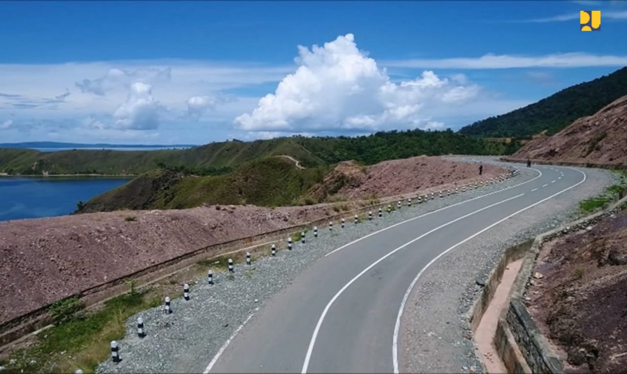 https: img-k.okeinfo.net content 2019 10 29 320 2122961 jalan-trans-papua-sudah-1-071-km-begini-kondisinya-Tznxizzepf.jpeg