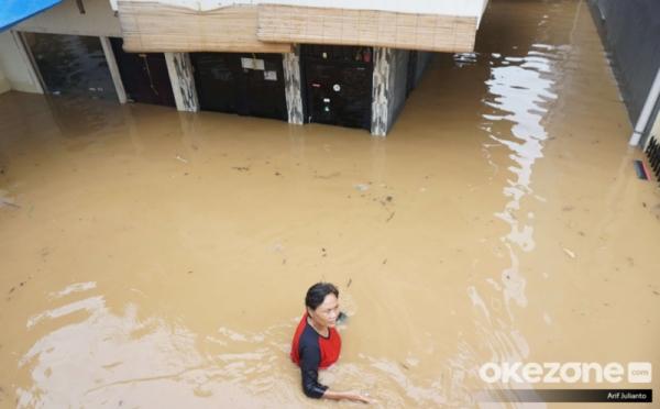https: img-k.okeinfo.net content 2019 10 31 338 2124267 bnpb-jakarta-lebih-siap-hadapi-banjir-uangnya-banyak-wWXQ8fILic.jpg