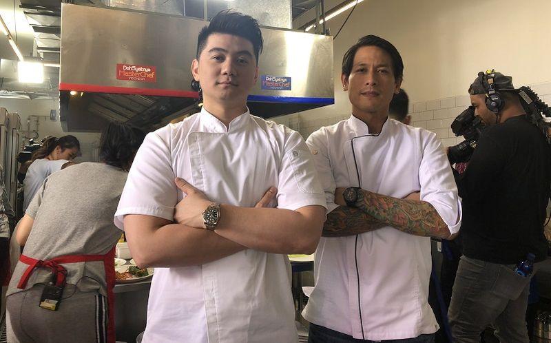 https: img-k.okeinfo.net content 2019 10 31 612 2124013 chef-arnold-posting-foto-chef-juna-senyum-netizen-kiyut-banget-Uk3AG0Nnns.jpg
