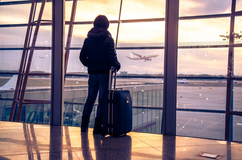 https: img-k.okeinfo.net content 2019 11 01 406 2124620 perhatikan-ini-5-aturan-di-bandara-agar-barang-bawaan-tidak-disita-vI8d4ow3Z9.jpg
