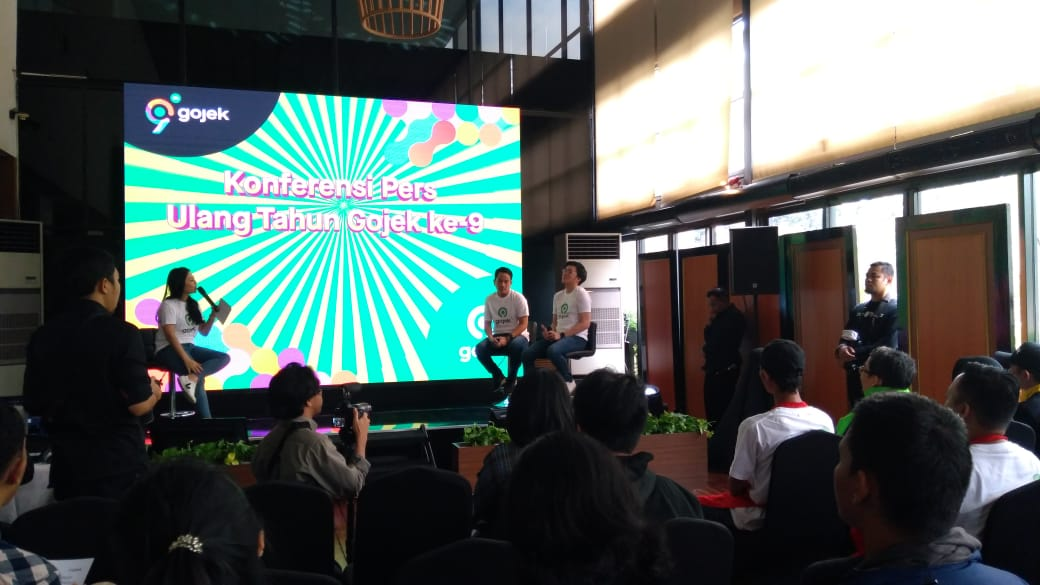 https: img-k.okeinfo.net content 2019 11 02 320 2124966 ekspansi-ke-malaysia-dan-filipina-bos-gojek-mudah-mudahan-teralisasi-tahun-depan-SYpVkcmupf.jpg