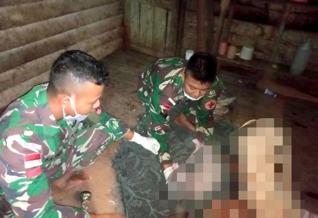 https: img-k.okeinfo.net content 2019 11 02 340 2125004 ketika-anggota-tni-bantu-persalinan-warga-di-papua-secara-dramatis-6iCP5AM9pv.jpg