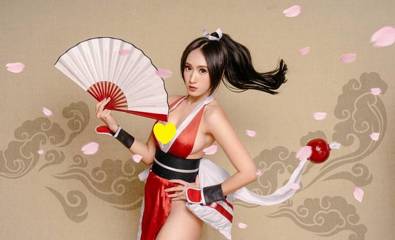 https: img-k.okeinfo.net content 2019 11 05 194 2125798 potret-seksi-lola-zieta-cosplayer-cantik-yang-akui-pernah-bercinta-dengan-perempuan-9wahLLxPm7.jpg